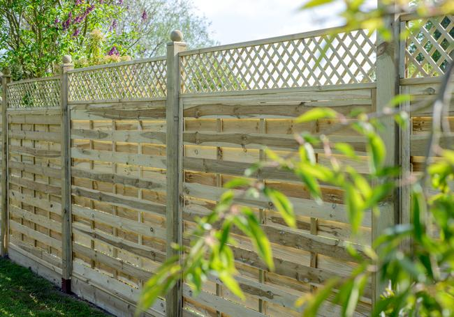 Grange Alderley Lattice Trellis