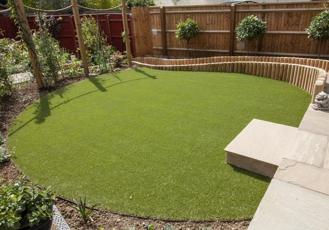 25mm Fame Artificial Grass