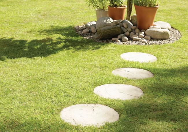 Bradstone Round Stepping Stones