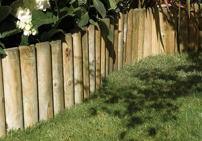 Grange Log Roll Border