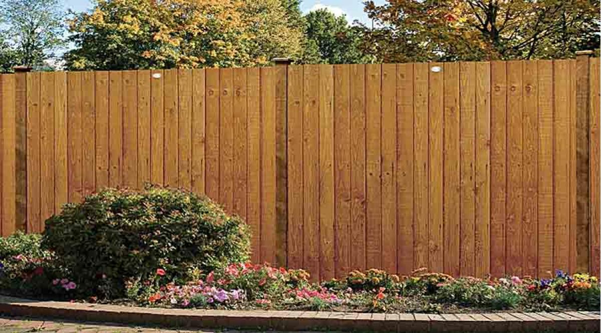 Wooden garden fence pictures garden designs a guide to fence panels choosing the right s workwithnaturefo