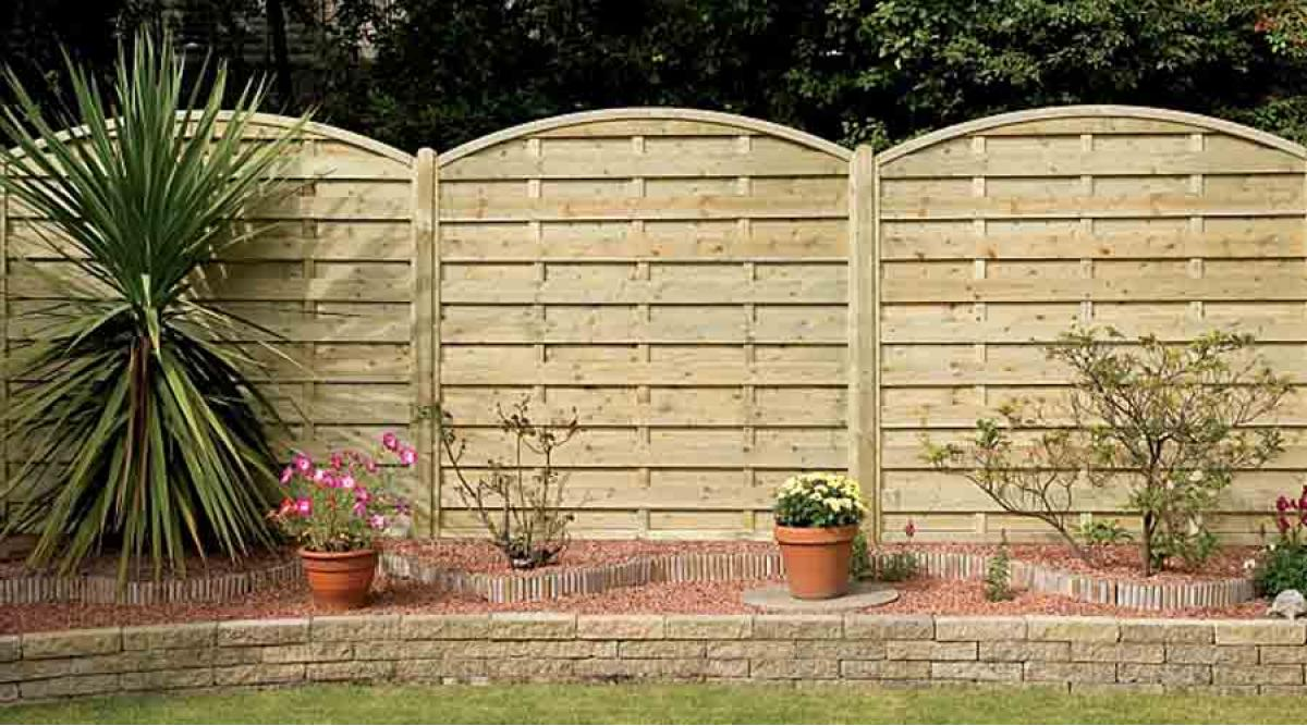 wooden garden fencing for all tastes and budgets from awbs - Decorative Garden Fencing