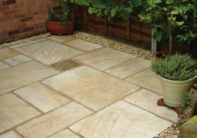 Pavestone Tudor Antique Deanery 15m² Pack