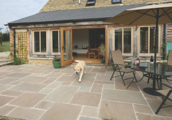 Pavestone Tudor Antique Oxford 15m² Pack