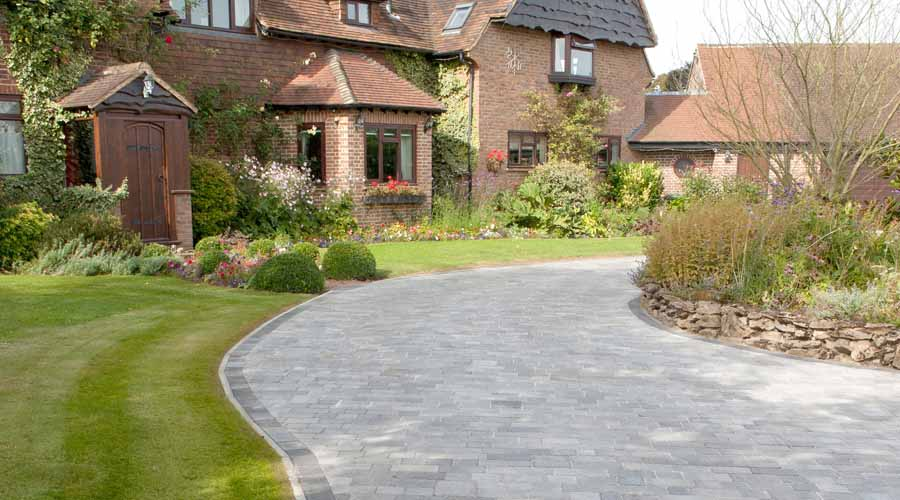Paving Ideas For Patios Paths And Driveways
