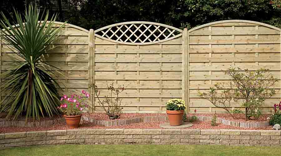 Wooden garden fencing for all tastes and budgets from AWBS
