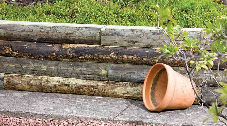 With their lovely natural appearance, wooden sleepers suit any kind of design, whether newly cut sleepers in a contemporary garden, or the fabulous rustic ...